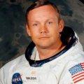 Muere Neil Armstrong, primer hombre que pisó la Luna