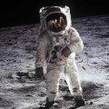 Quieren esclarecer si el hombre estuvo en la Luna