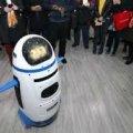 """""""Un robot infantil enloquece y ataca a un hombre"""""""