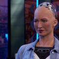 Asombrosa charla del androide Sophia - ¡Impresionante!