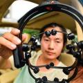 Diseñan coche controlado con la mente